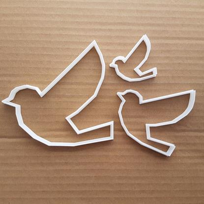 Picture of Bird Flying Dove Animal Shape Cookie Cutter Dough Biscuit Pastry Fondant Sharp