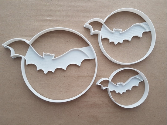 Bat Moon Halloween Shape Cookie Cutter Dough Biscuit Pastry Fondant Sharp Stencil Animal Spooky Scary Haunted