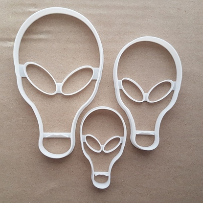 Alien Extraterrestrial Shape Cookie Cutter Dough Biscuit Pastry Fondant Sharp Stencil Space Science Fiction Sci Fi UFO