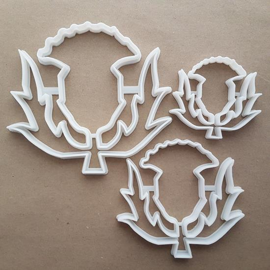 Thistle Weed Plant Garden Shape Cookie Cutter Dough Biscuit Pastry Fondant Sharp Stencil Leaves Leaf