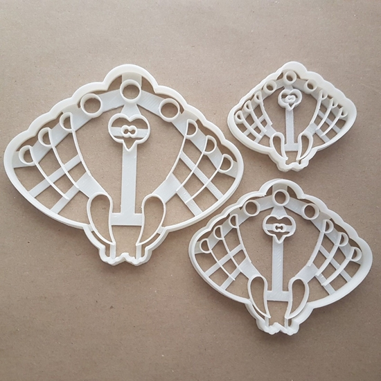 Peacock Peafowl Pheasant Shape Cookie Cutter Dough Biscuit Pastry Fondant Sharp Stencil Animal Bird Feathers