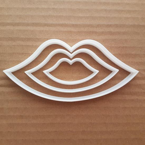 Lips Shape Cookie Cutter Dough Biscuit Pastry Lip Kiss Love Valentines Day Wedding Boyfriend Girlfriend Stencil Fondant Sharp Body Part
